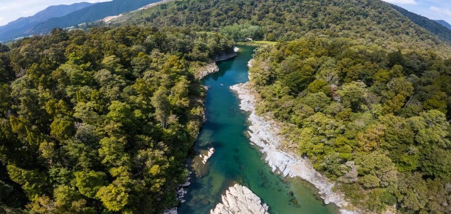Pelorus-River-credit-MarlboroughNZ-No-expiry-2100x1000