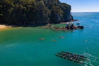 Boating activity around Split Apple Rock, Tasman.