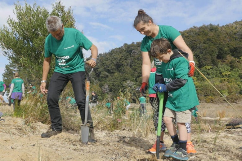Family volunteering in conservation activity