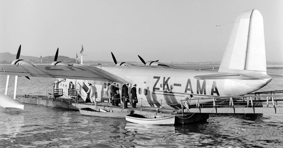1940s ZK-AMA aircraft.